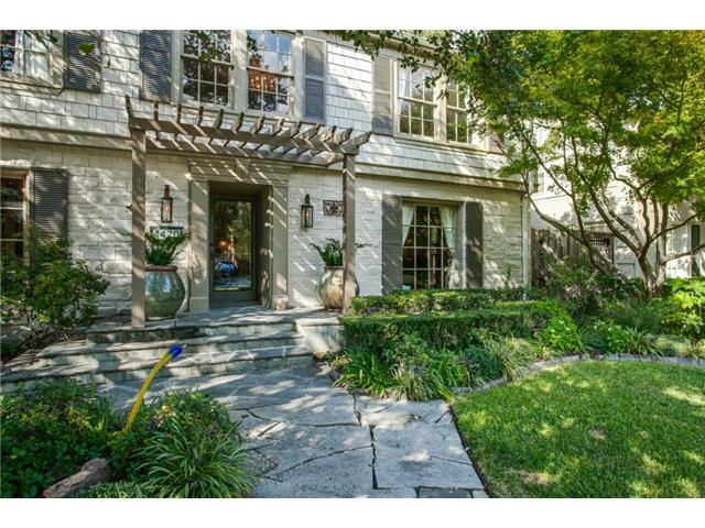 4420 Windsor Porch
