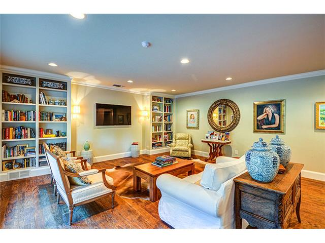 Plenty of wall space for a variety of furniture arrangements and