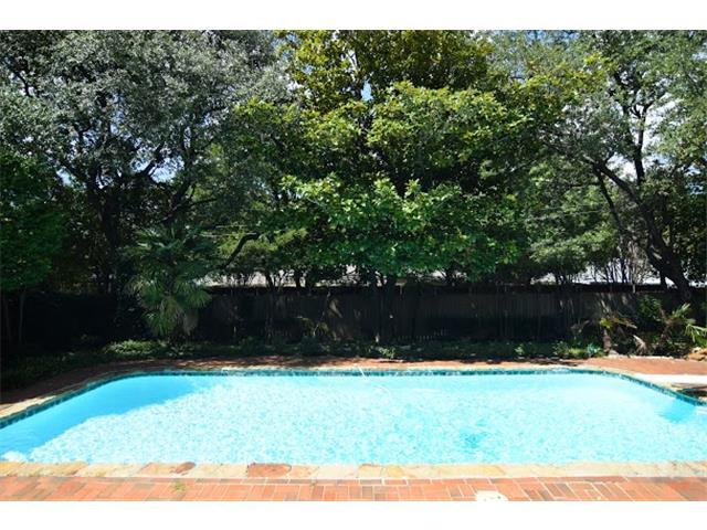 7031 Midbury Pool