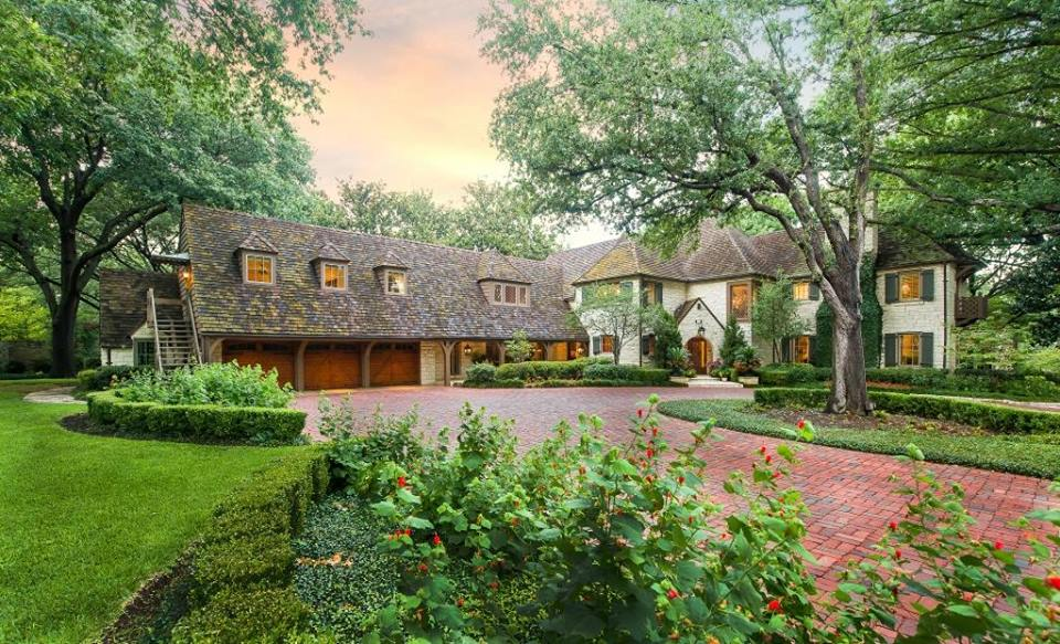The Jackson House is a classic updated English-style estate on Strait Lane by Hal Yoakum.