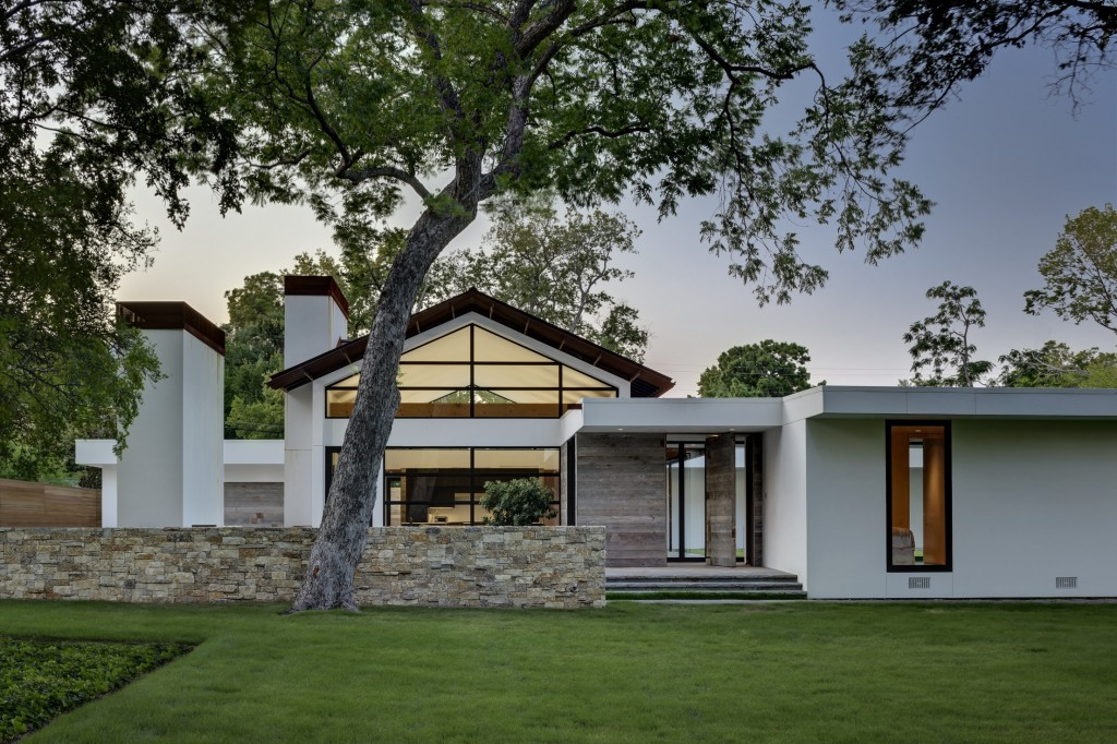 Gross' first Dallas project on Lindhurst Ave. (Photo courtesy of David Gross Fine Homes)