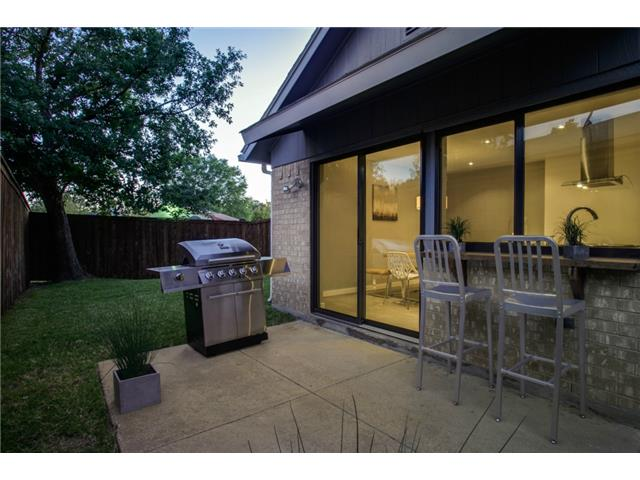 10830 Hayfield Backyard 2