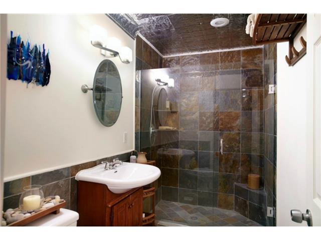 1531 San Saba Bath 1