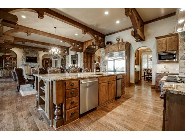 1724 Wisteria Way Kitchen 2