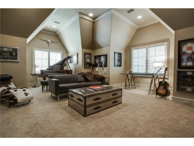 1724 Wisteria Way Music Room