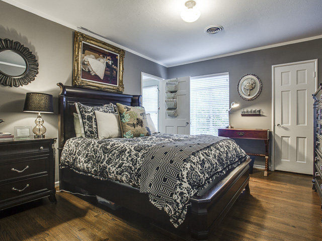 6159 Kenwood Bedroom 2