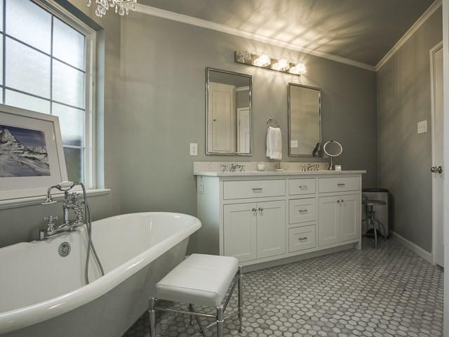 6159 Kenwood Mater Bath 2