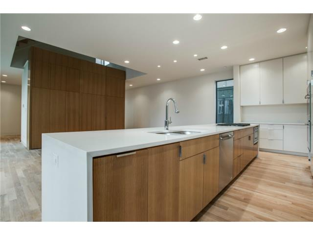 4112 Cole Kitchen 2