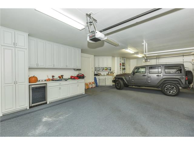 50 Picadilly Park garage