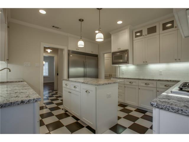 5234 Monticello kitchen 2