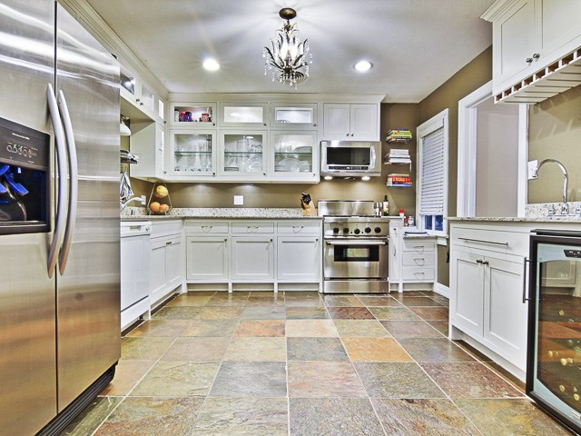 6426 Westlake Kitchen2