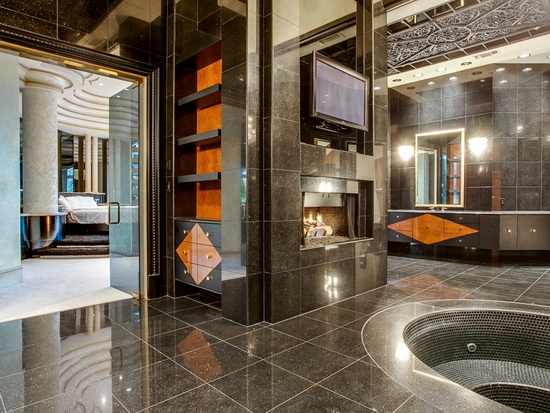 Deion Sanders master bath