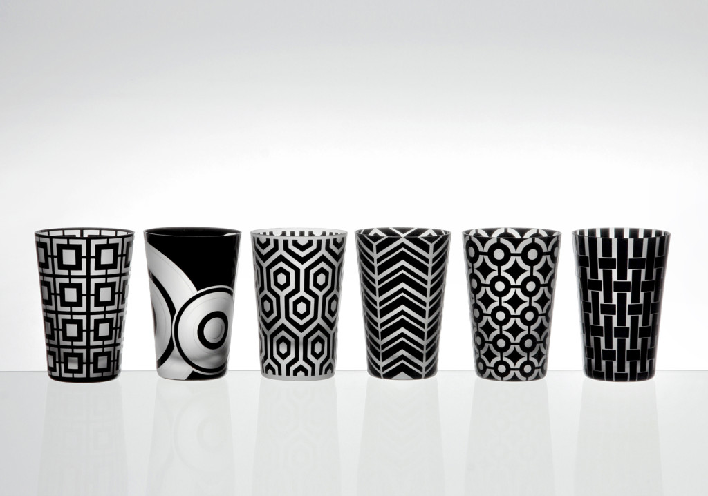 The Graphic Collection is a sleek and strikingly modern barware series. It is inspired by the design work of the 1960s and features six unique design motifs: Herringbone, Hexagon, Mod, Saturn, Weave, and Polka Dots.