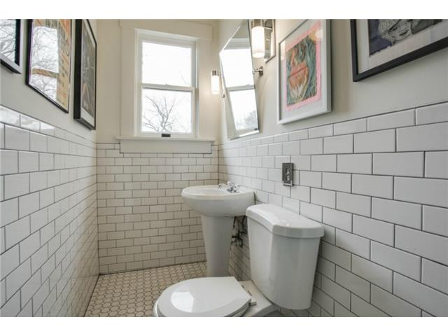 306 N. Windomere Half Bath