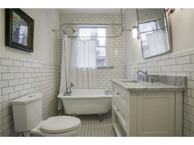 306 N. Windomere Second Bath