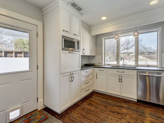 4010 Bryce Kitchen 2