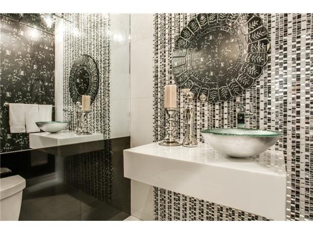 Your powder bath will be the talk of your party.