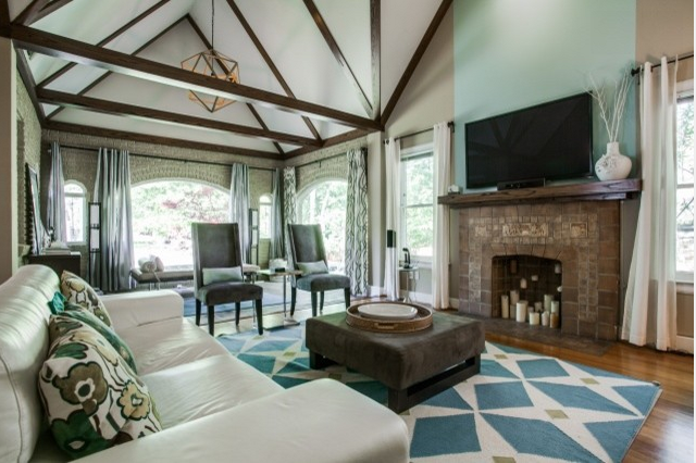 Karen Eubank of Eubank Staging and Design is one of many locals who won a Houzz award this year. Photo: Shoot2Sell.