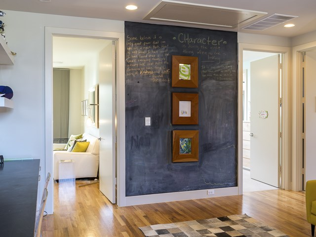 2429 wall chalk