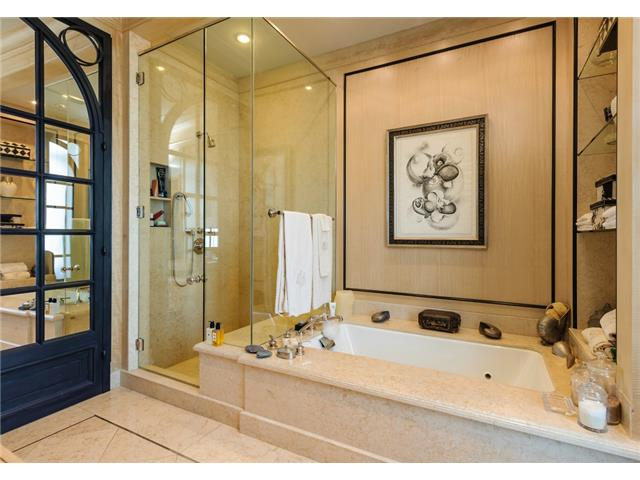 3505 Turtle Creek master bath