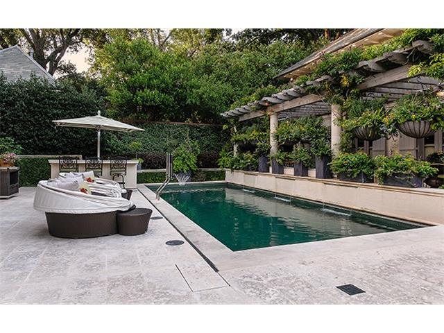 4412 Lakeside pool 2