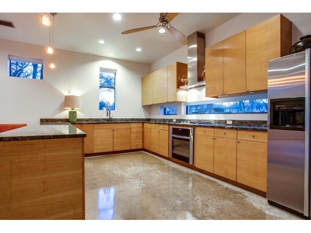 9562 Ash Creek Kitchen