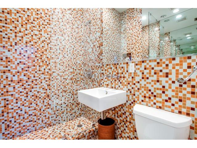 9562 Ash Creek Master Bath