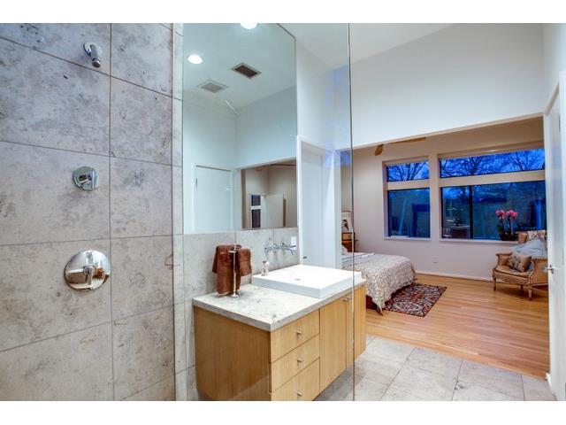 9562 Ash Creek Upstairs Bath 2