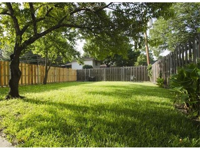 9937 Larchbrook Backyard