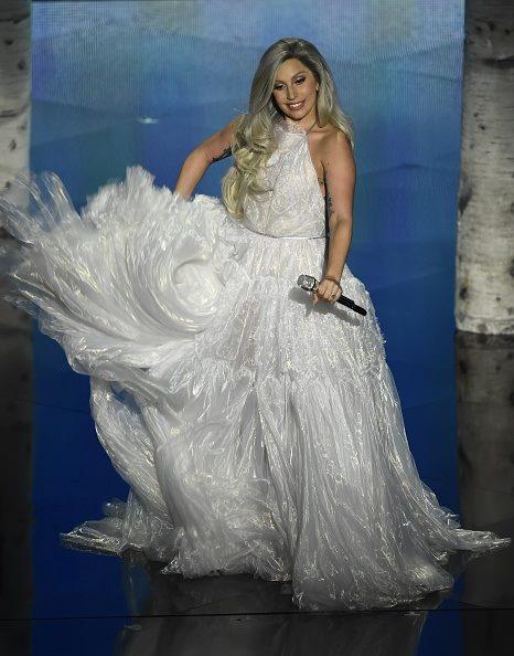 Lady Gaga spin
