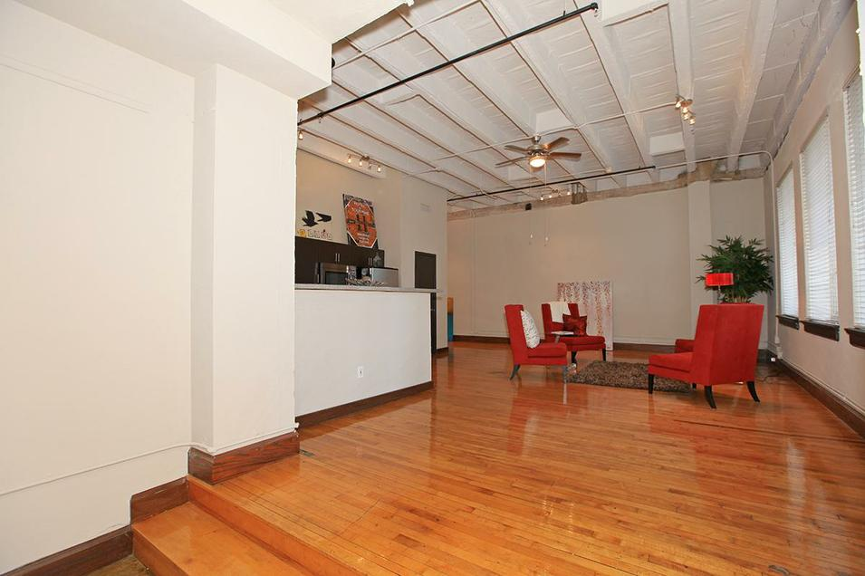 Top Affordable Studios In Downtown Dallas Candys DIrt - Loft apartments downtown dallas
