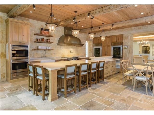 3700 Euclid kitchen 1