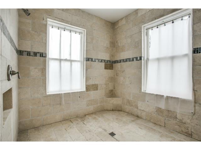 410 S. Windomere Roman bath