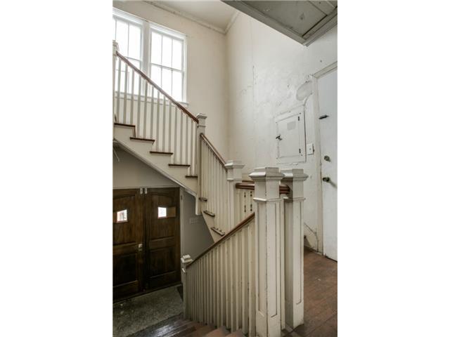 410 S. Windomere Stairway