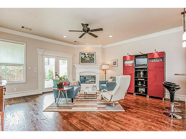 5502 Longview Living