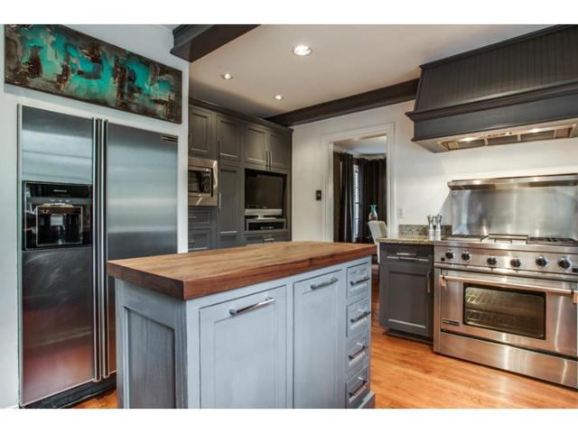6827 Gaston Kitchen 2