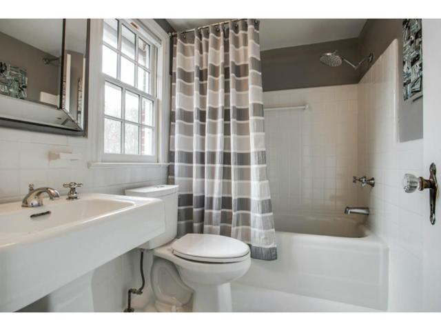 6827 Gaston Upstairs Bath