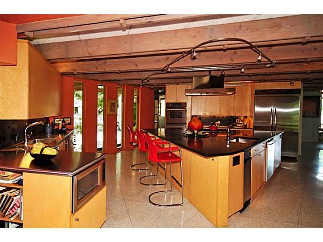 9729 Van Dyke Kitchen 3