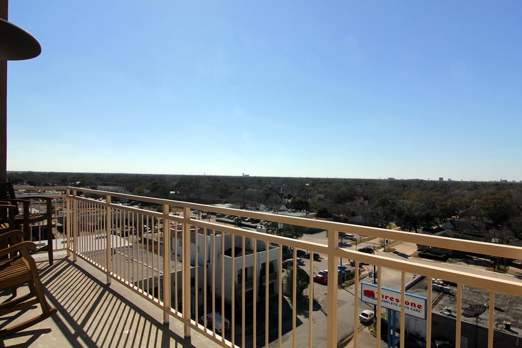 Durst Houston condo balcony