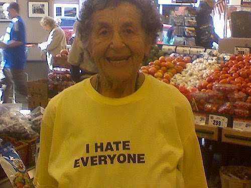 Old-people-with-crazy-shirts11