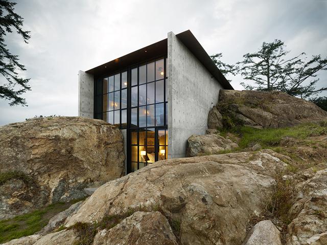 The Pierre Residence-Exterior-Photo by Benjamin Benschneider