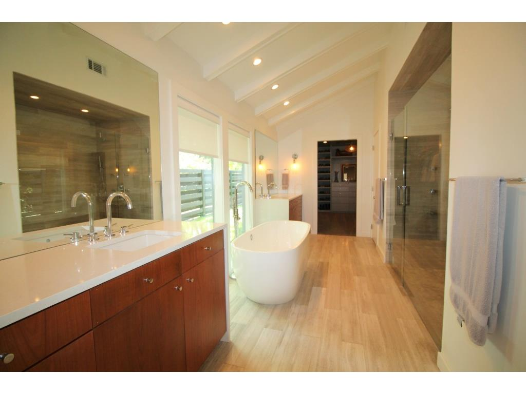 11316 Valleydale master bath