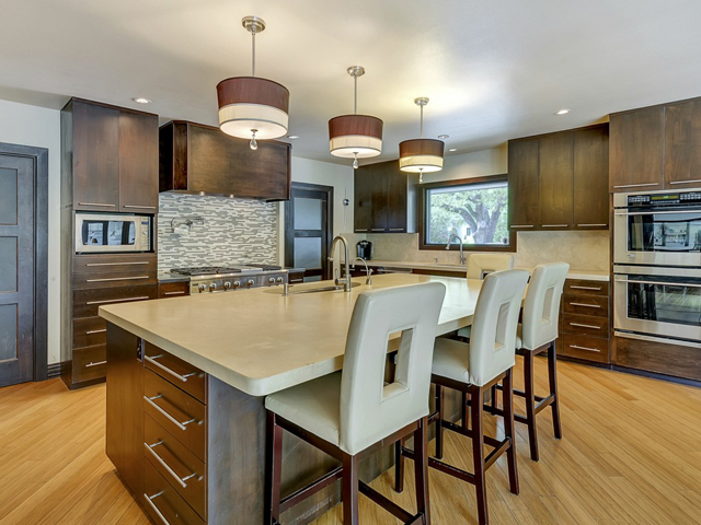 309 Hazelwood Kitchen 2