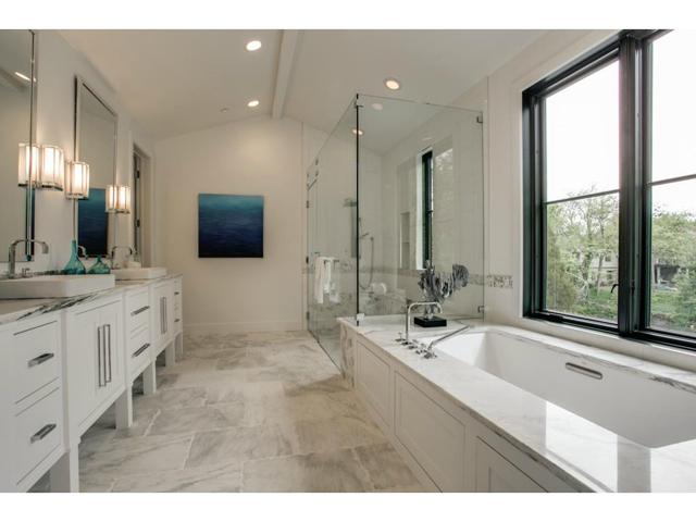 3615 Amherst Master Bath