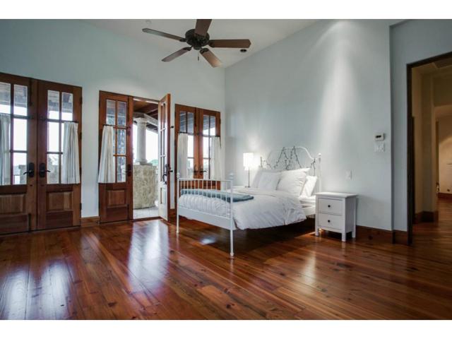 4636 Chapel Hill Guest Bed
