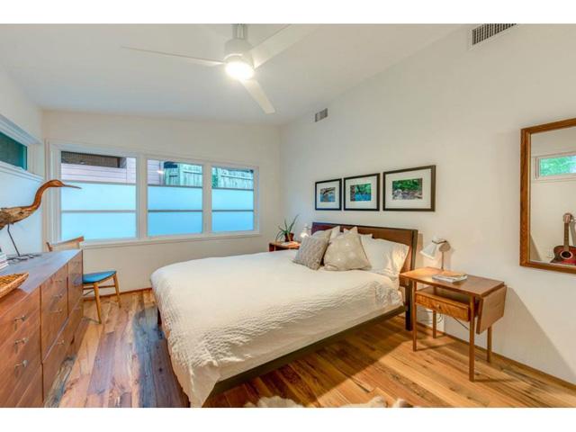 983 Sylvania Master bed