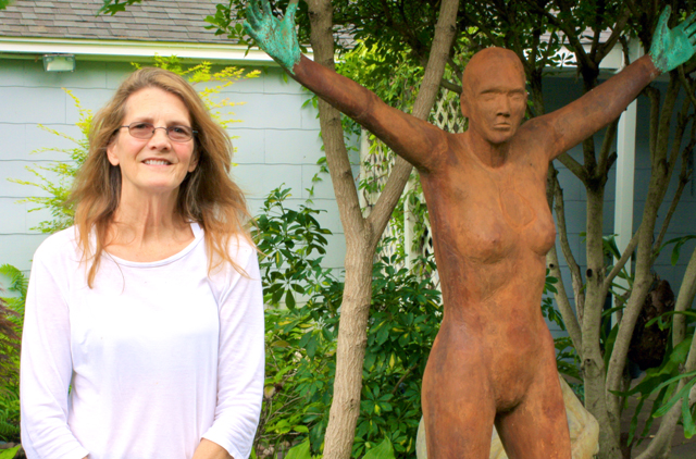 Deborah Ballard is a nationally known sculptor and instructor at SMU. Her Casa Linda Estates garden will be on the White Rock East Garden Tour.