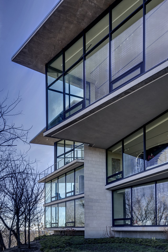 Malone Cliff Residence - Dallas Texas