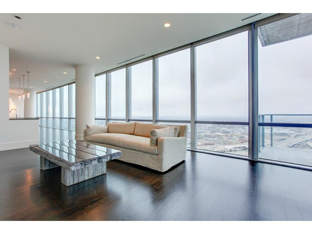 Omni FW Penthouse Living