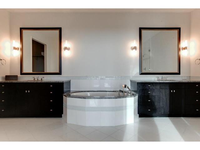 Omni FW Penthouse Master Bath
